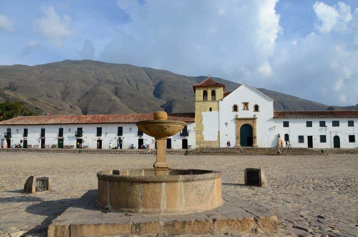 Eglise et fontaine