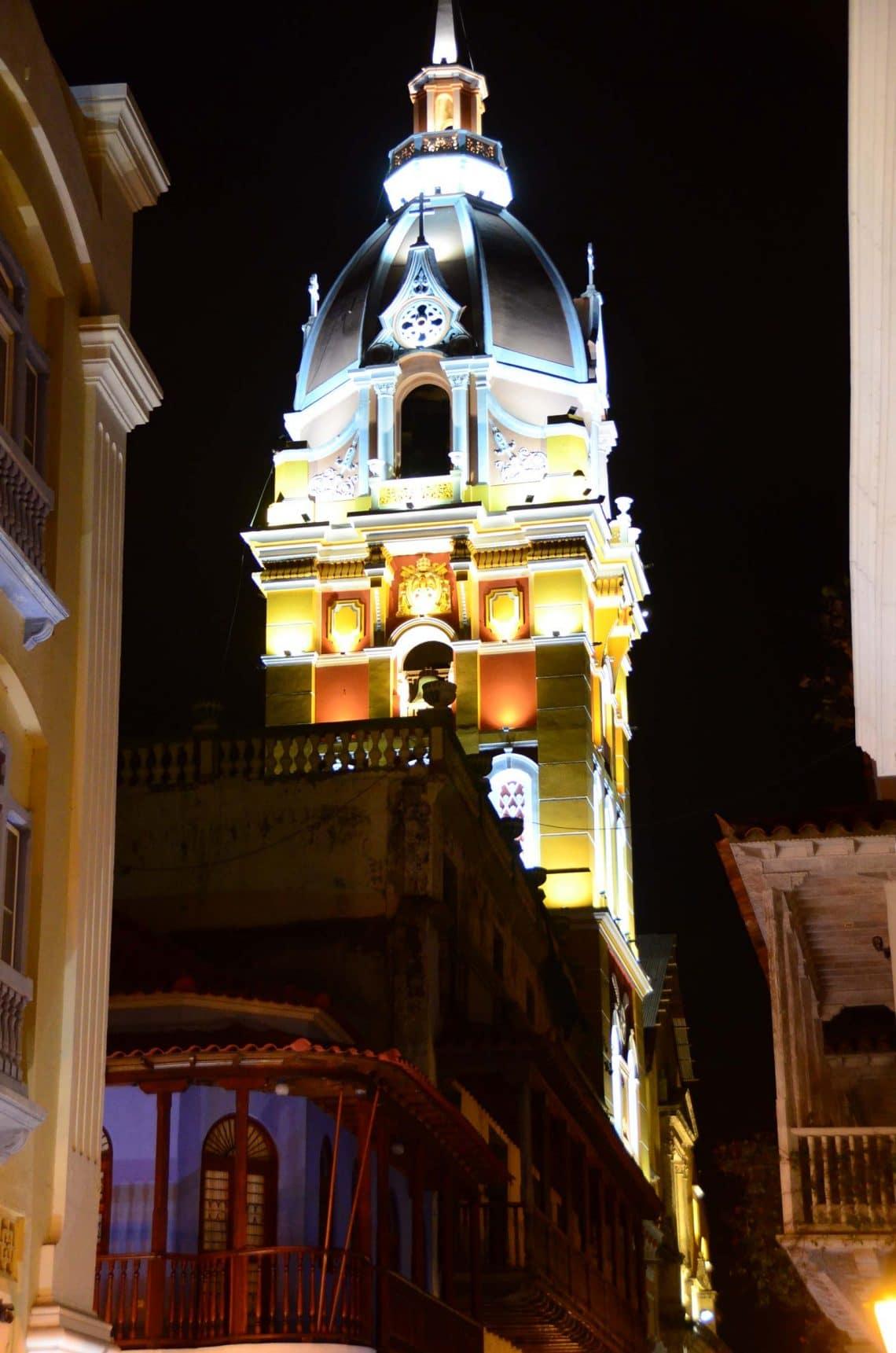 Déguster un coco loco à Cartagena by night, Colombie