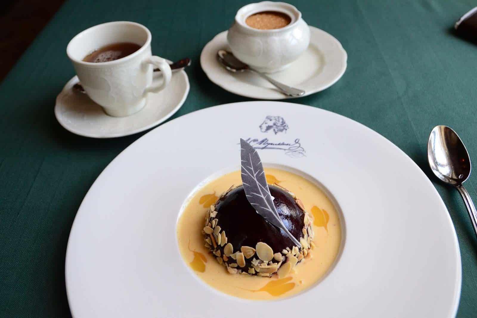 Dessert Pouchkine accompagné de son thé Pouchkine