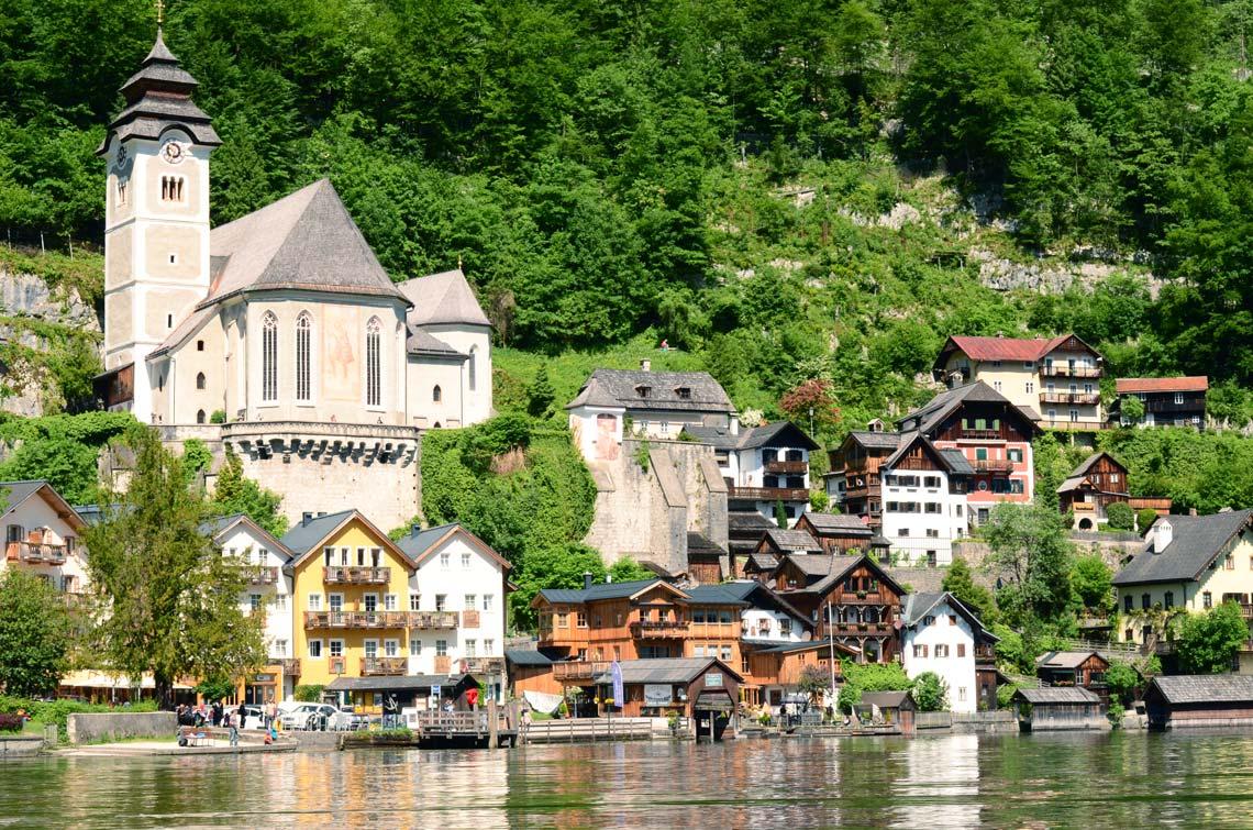 Vue de Hallstatt depuis le lac